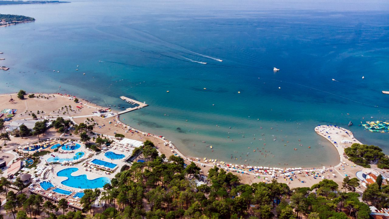 Zaton Holiday Resort ab 269 €